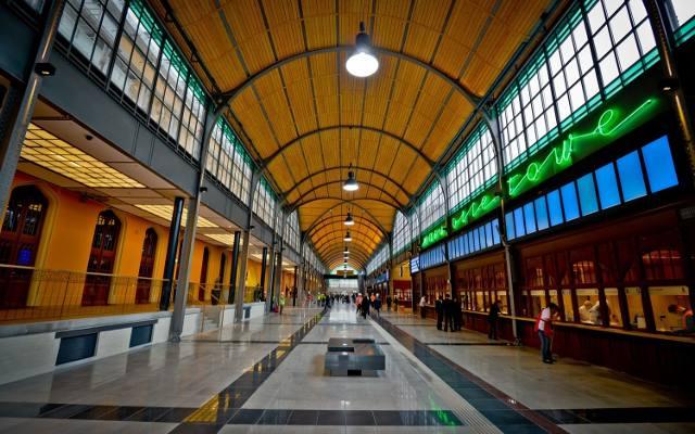 Bahnhofshalle in Breslau - Fahrkartenschalter