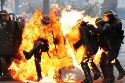 Polizist brennt